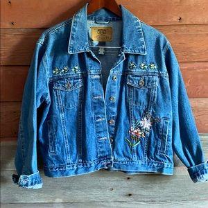 Vintage Jean Jacket! 1990's! Size Large!